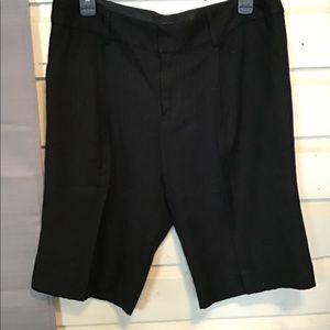 "Marc Jacobs Bermuda shorts size 10 ""dressy"""